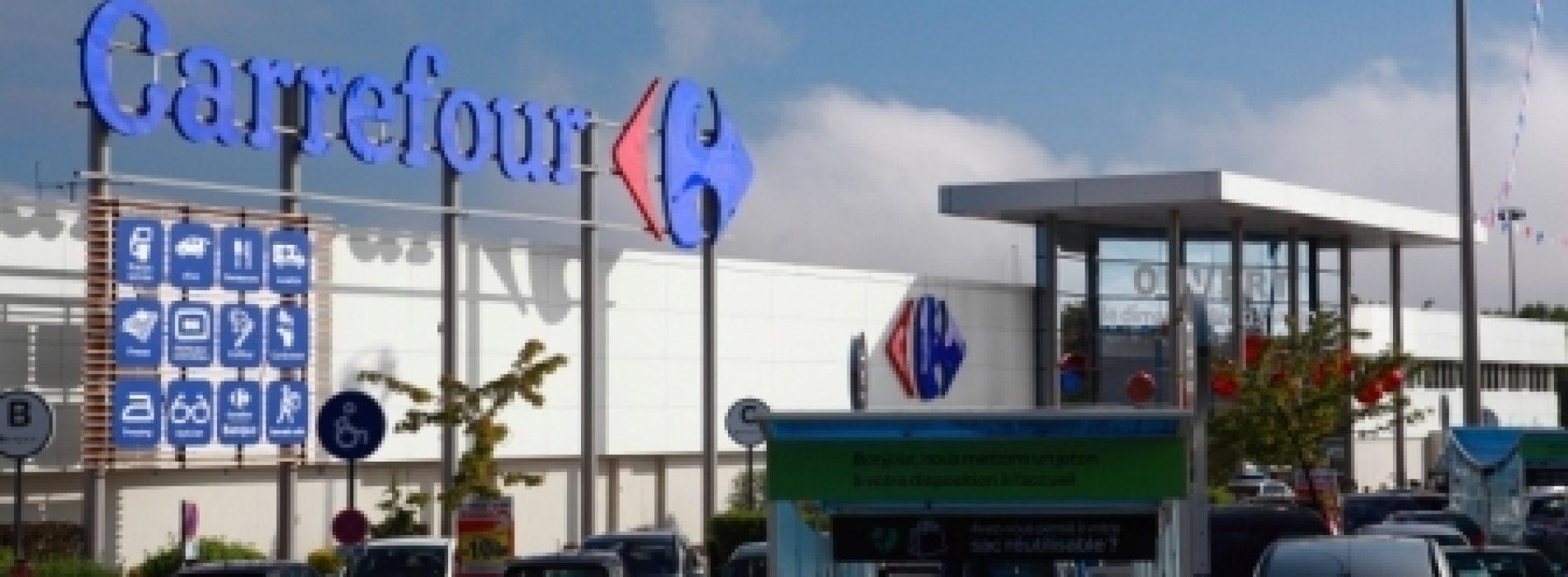 Carrefour reduz marcas de fabricante em quatro lojas francesas