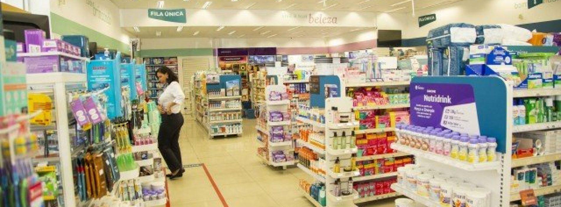 Farmácias atraem classes C e D com marcas próprias
